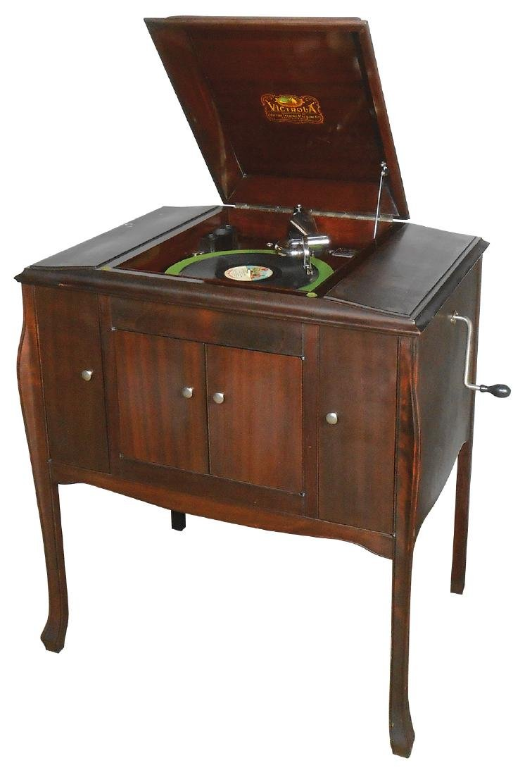 Music, Victor Victrola Talking Machine model VV-240,