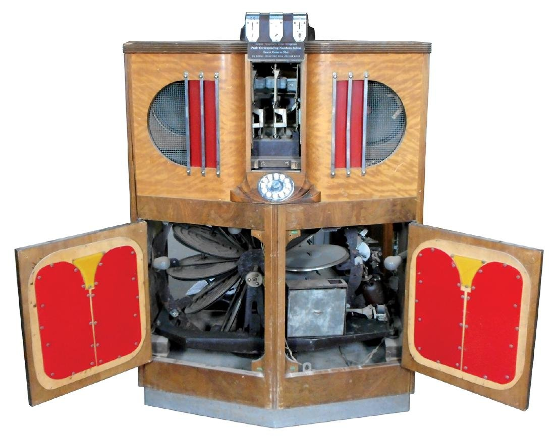 Coin-operated jukebox, Mills 5-10-25 Cent 12-selection - 2