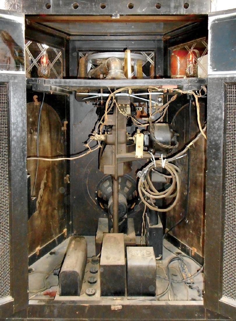 Coin-operated jukebox, Holcomb & Hoke Electramuse, 10 - 3