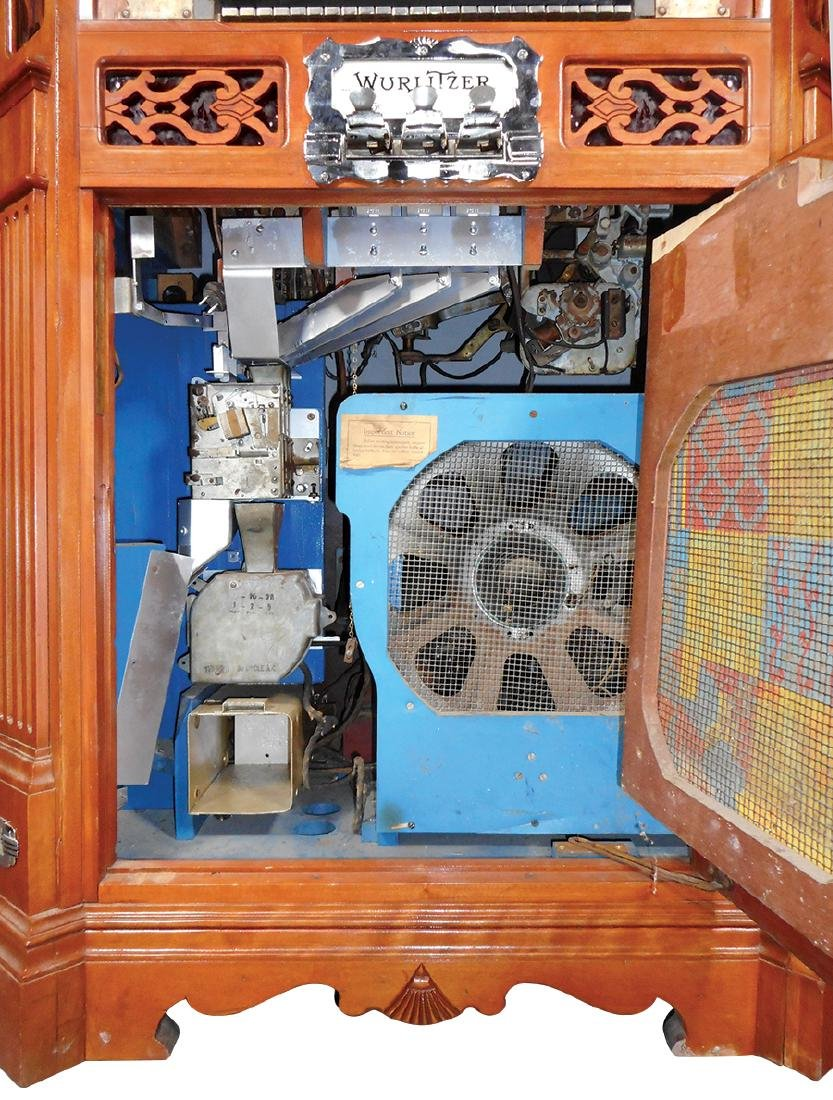 Coin-operated jukebox, Wurlitzer Model 780 - 5