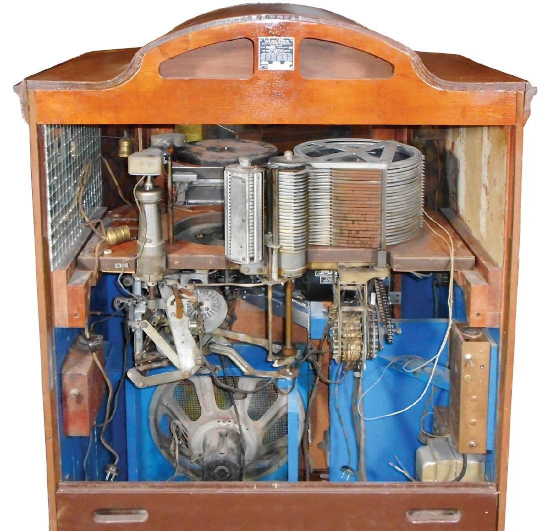 Coin-operated jukebox, Wurlitzer Model 780 - 7