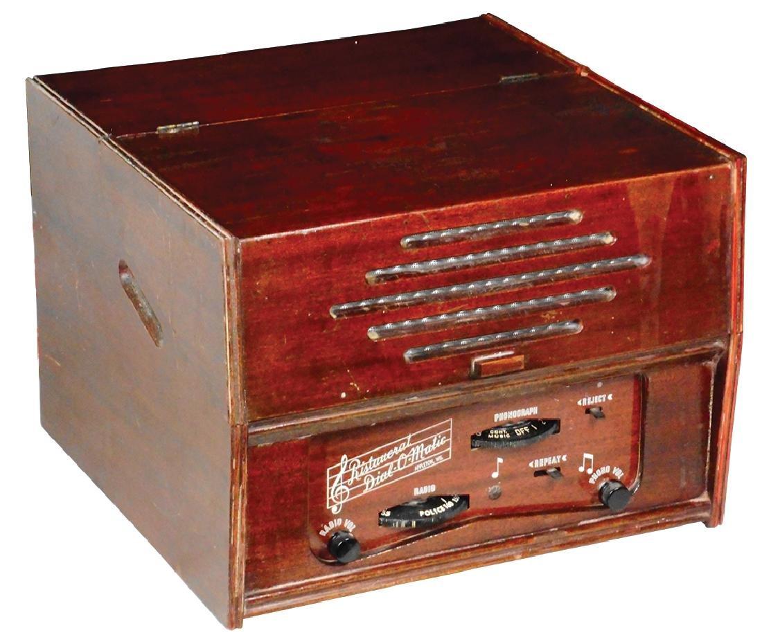 Radio & record player, Ristaucrat