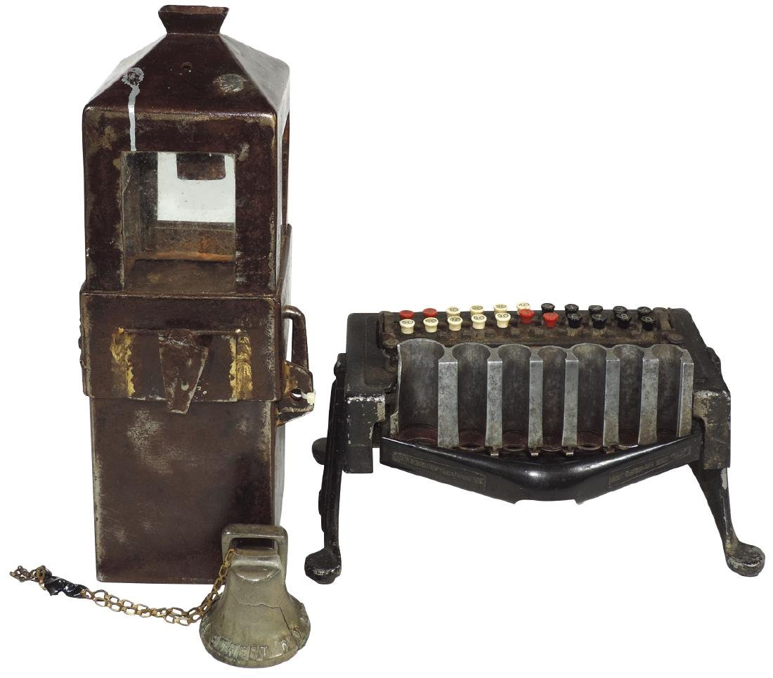 Coin-operated cast iron items (3), money changer, mfgd