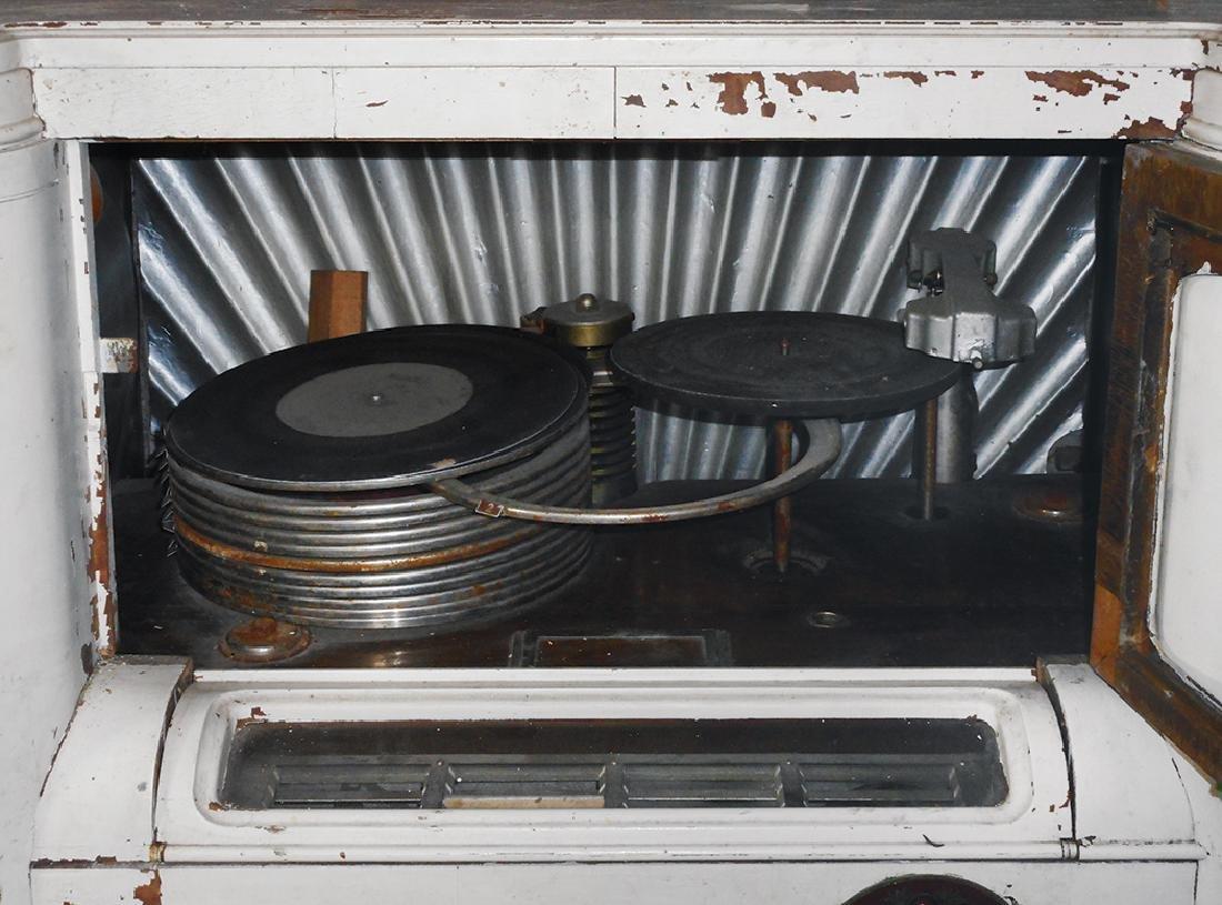 Coin-operated jukebox, Wurlitzer 412 w/aftermarket - 2