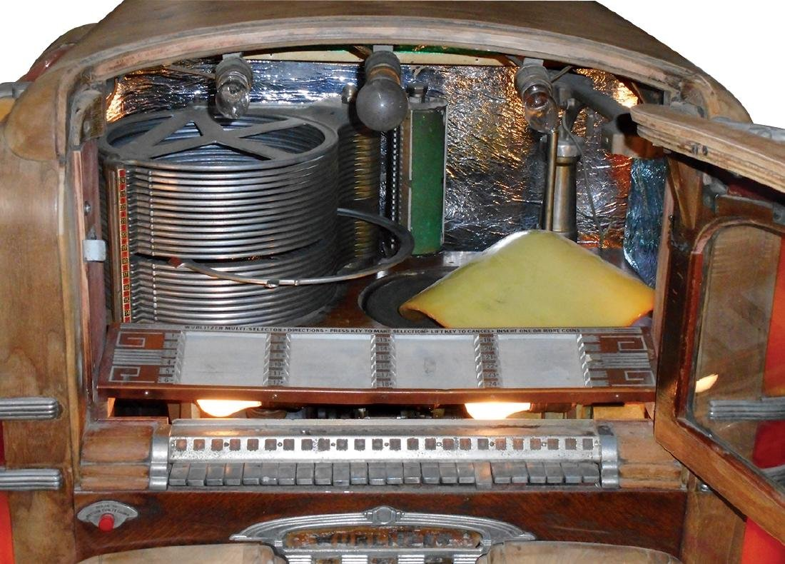 Coin-operated jukebox, Wurlitzer Model 700, c.1940's, - 4