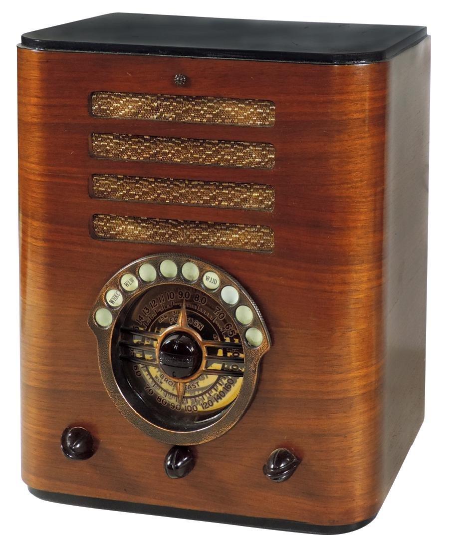 "Radio, Crosley, ""Quiktune Fiver"", Model 547, 2-tone"