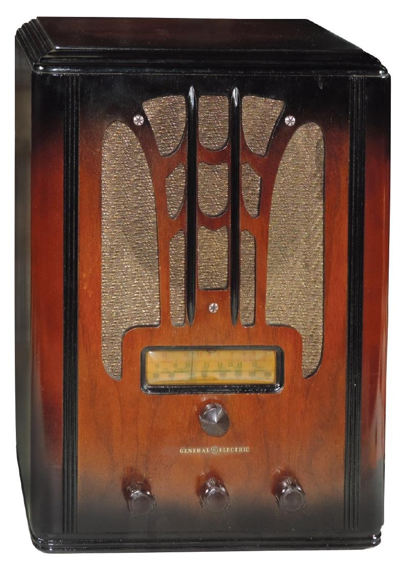 Radio, General Electric, tombstone, Model E71,