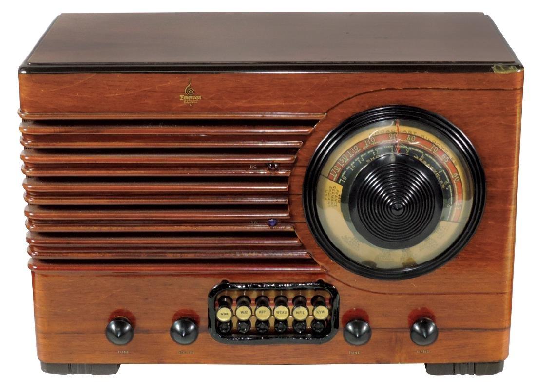 Radio, Emerson, Model BQ228, wood case, broadcast &