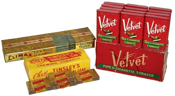 27: Tobacco tins & chewing tobacco, 12 Velvet Pipe & Ci