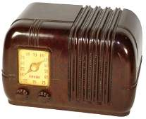 155 Radio Arvin Model 544 brown bakelite lighted d
