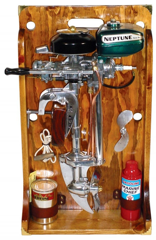 """617: Outboard boat motor display, """"Neptune Mighty Mite"""""""