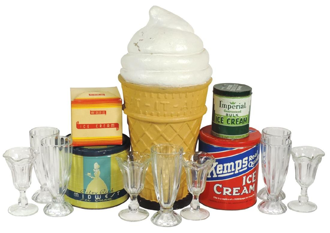 Soda fountain ice cream items (14), oversized