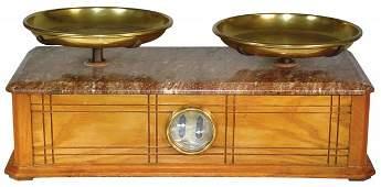 1364: Druggist balance scale, nice wood case w/rose mar
