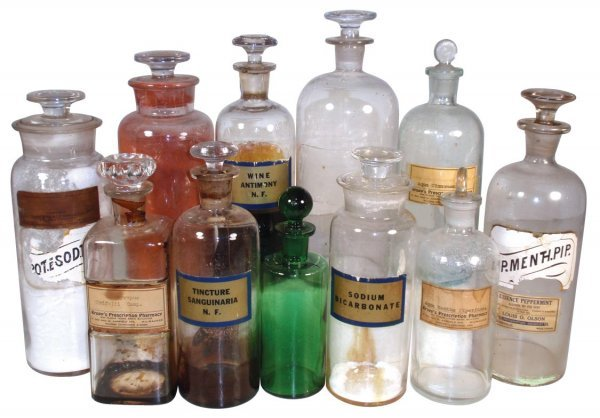 0951: Apothecary jars (11), various styles & sizes, som