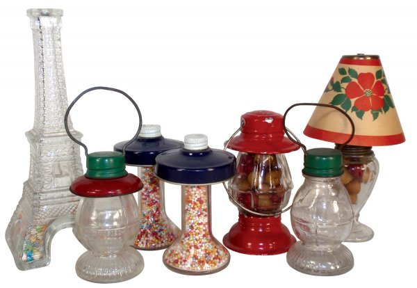 0002: Candy containers (7), Lamps, Lanterns & Eiffel To