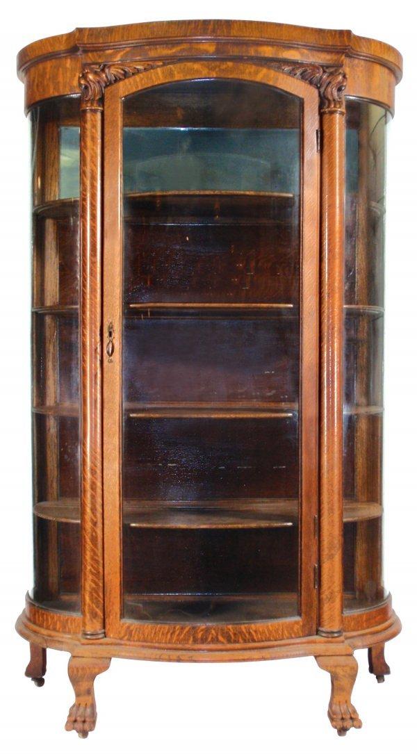 0098: China cabinet, quartersawn oak w/curved glass sid