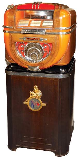 Coin-Operated Jukebox, Wurlitzer Model 71 on