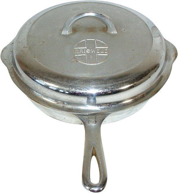 3: Griswold cast iron skillet & lid, #8 skillet w/self