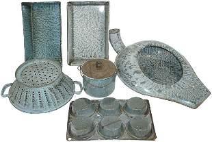 Gray granite ware (6 pcs.); muffin pan, drainer, be