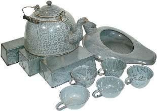 Gray granite ware (10 pcs.); includes tea kettle, 5