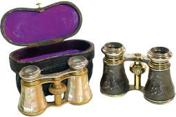 """517: Opera glasses (2); mother-of-pearl pr. marked """"Ler"""