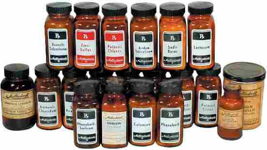 Apothecary bottles (20); brown Mallinckrodt Chemic