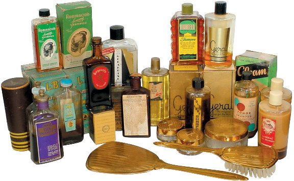 660: Shampoo & hair care products; includes dresser set