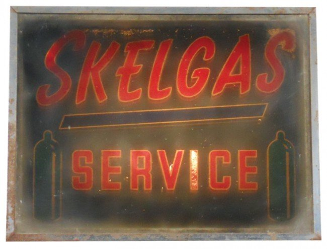 17: Skelgas Service light-up mirror sign, flashes, some