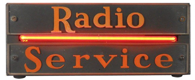 77: Radio Service neon counter sign, Exc working cond,