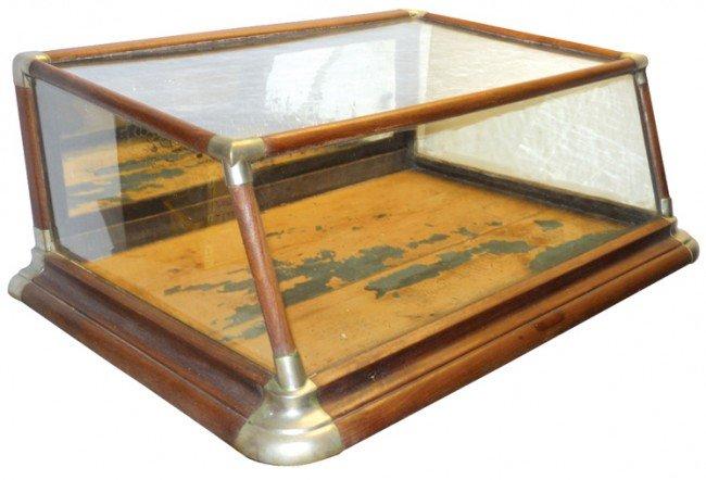 679: Counter display case w/slant front & slant top, wa