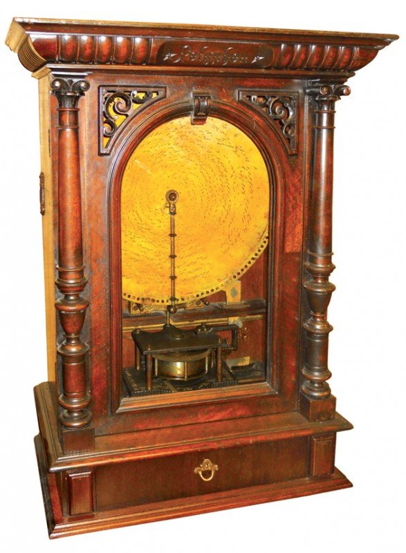825: Coin-operated Polyphon, counter top model, walnut