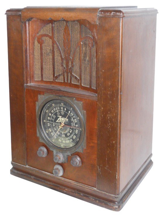 1134: Zenith radio, Multi-Band, Model 6-S-27, Good unte