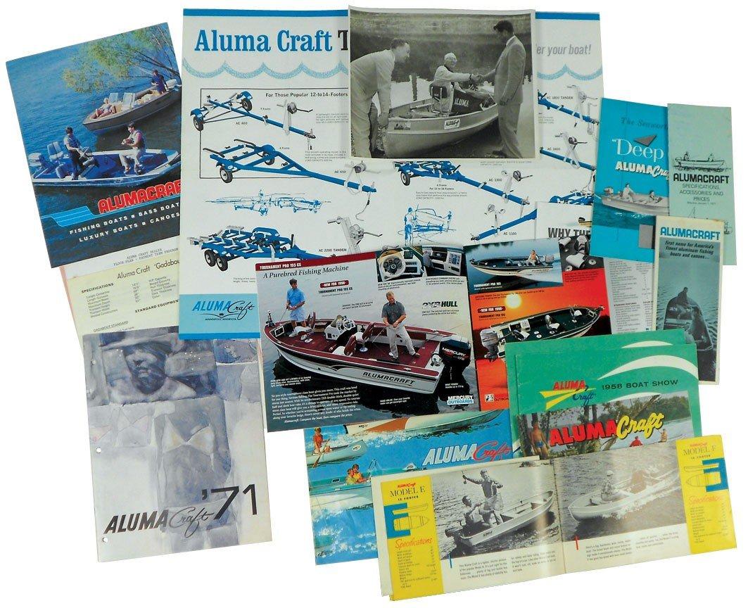 0002: Boat dealer advertising literature, approx 17 pcs