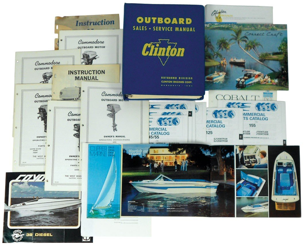 0005: Boat dealer advertising literature for Clam Shell