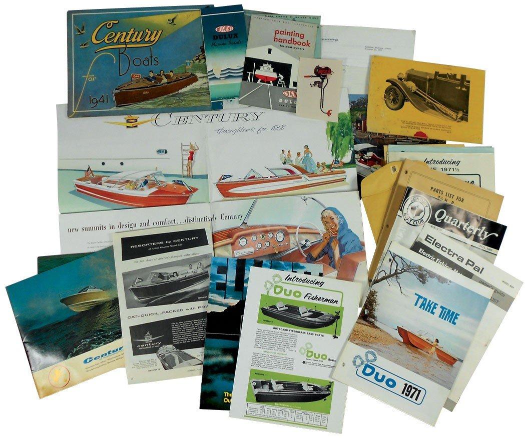 0010: Boat dealer advertising literature, approx 30 pcs