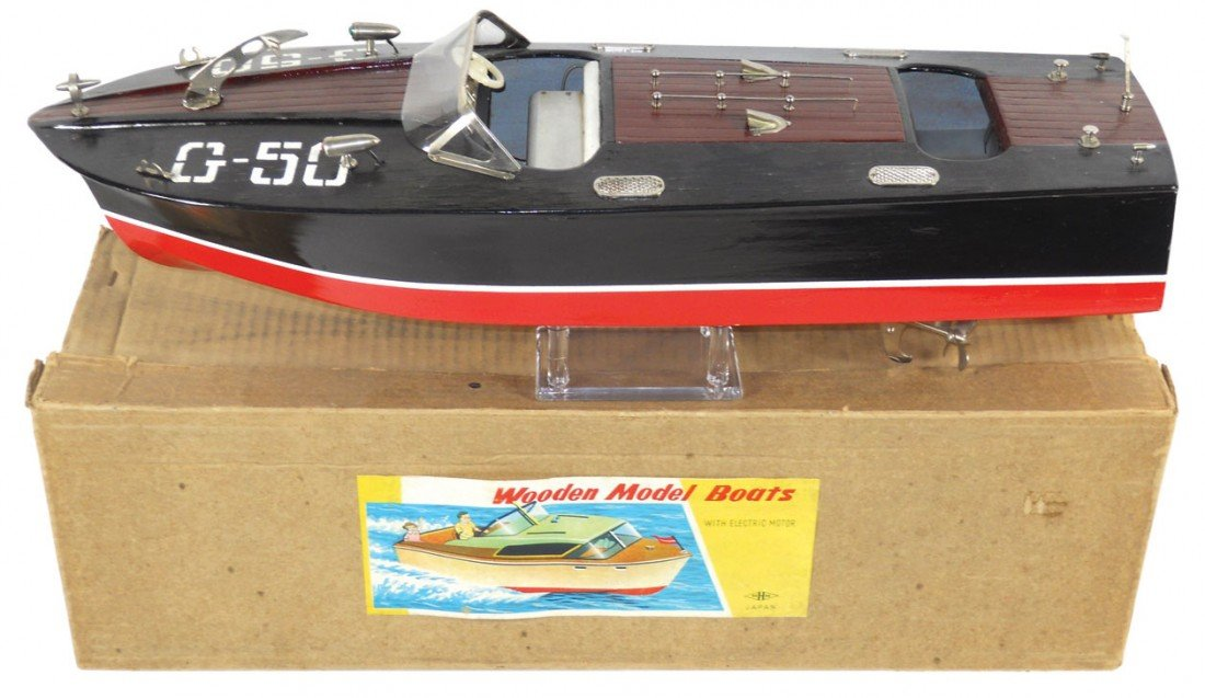 0195: Toy boat, Japanese MHM G-50, wood, Exc cond w/ori