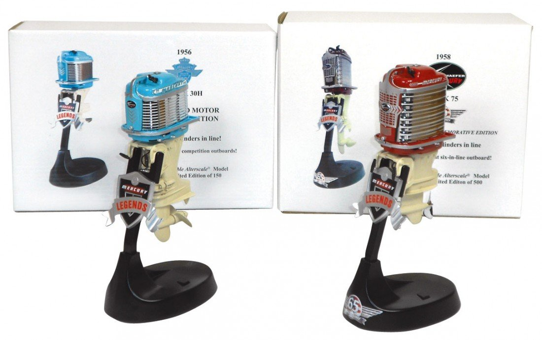 0262: Miniature outboard motors (2), Alterscale 1956 Me