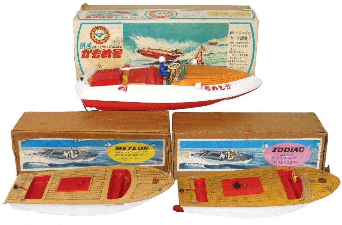 0540: Toy boats (3), Sutcliffe Meteor & Zodiac, plastic