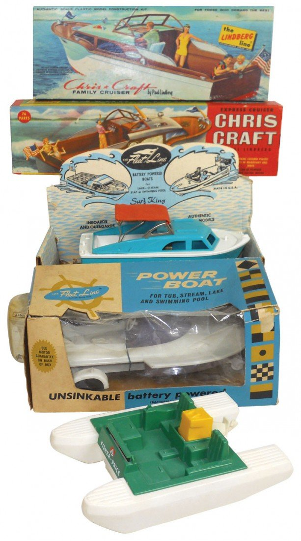 0651: Toy boats & kits (5), Chris-Craft plastic kit in