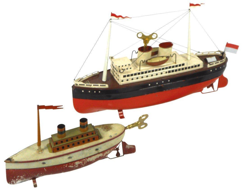 0798: Toy boats (2), Fleischmann Ocean Liner, windup,