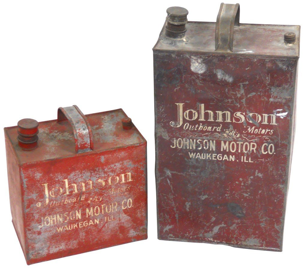 0865: Outboard motor oil/gas cans, Johnson Outboard Mot