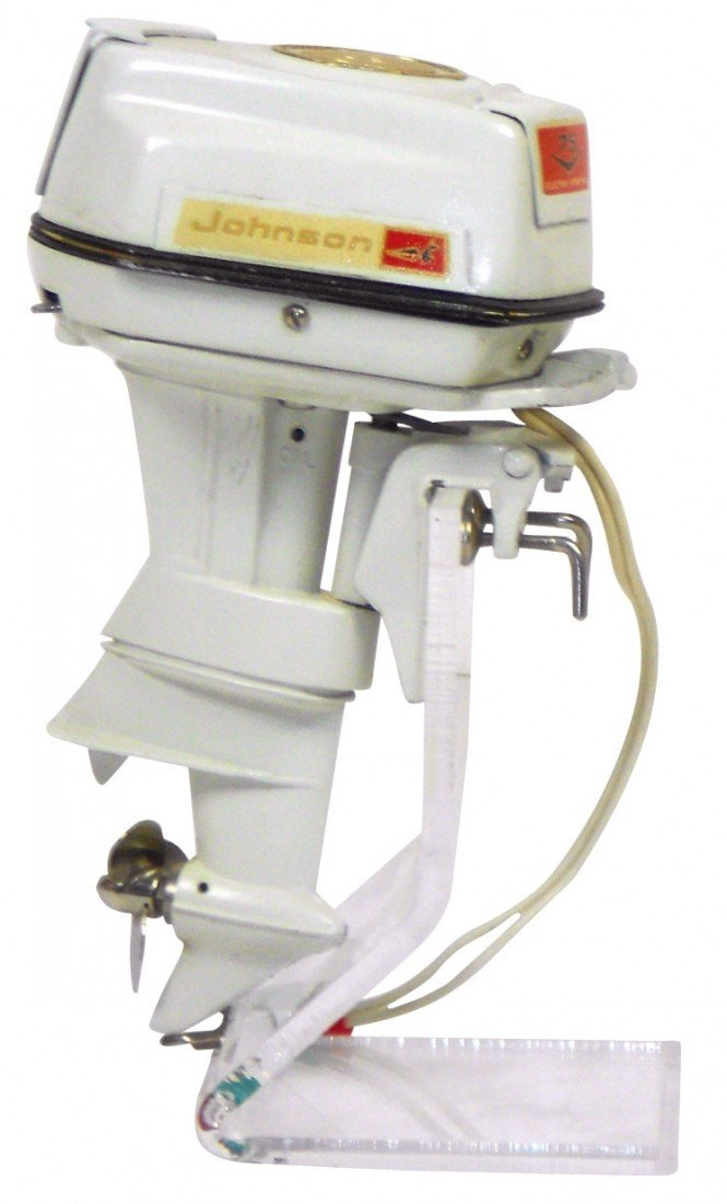 0893: Miniature outboard motor, 1960 Johnson Super Sea-