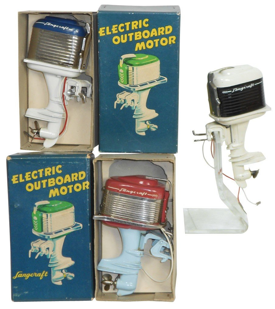 0899: Miniature outboard motors (3), all Langcraft, all