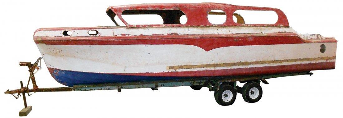 0900: Boat, Larson Cruise-Master, fiberglass, c.1959, 2