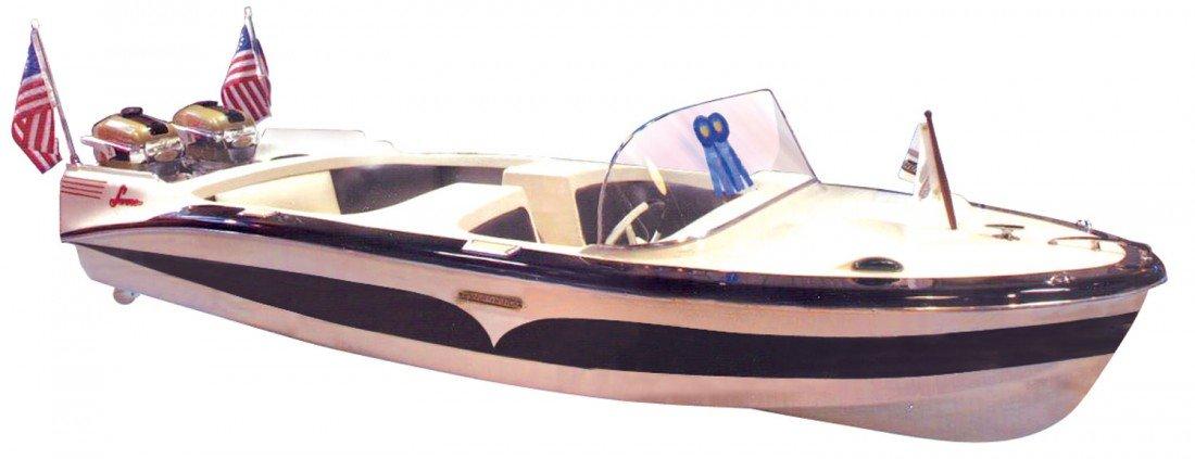 1000: Speed boat, Larson Thunderhawk Sr., fiberglass, c