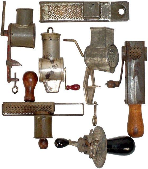 """9: Nutmeg graters (7); 1 Edgar, pat. 1896, 1 iron """"Kitt"""