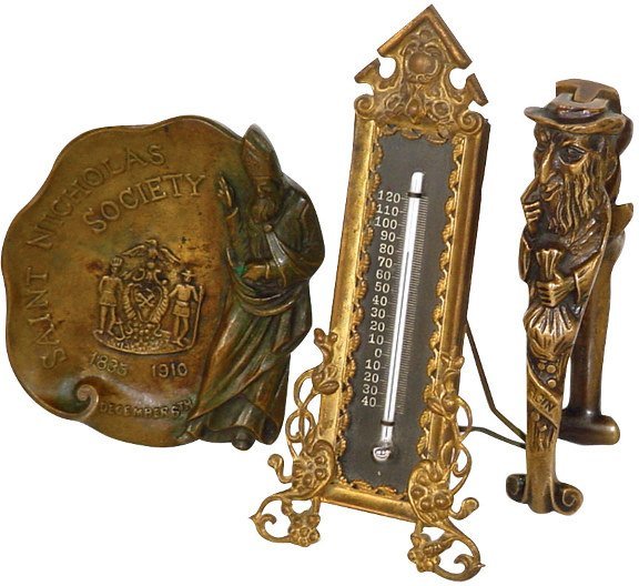 1445: Saint Nicholas Society bronze paperweight, Dec. 6