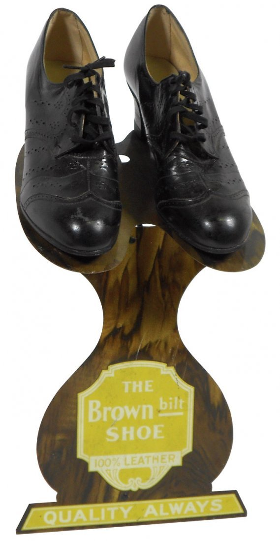 0162: Advertising shoe display stand for The Brown bilt