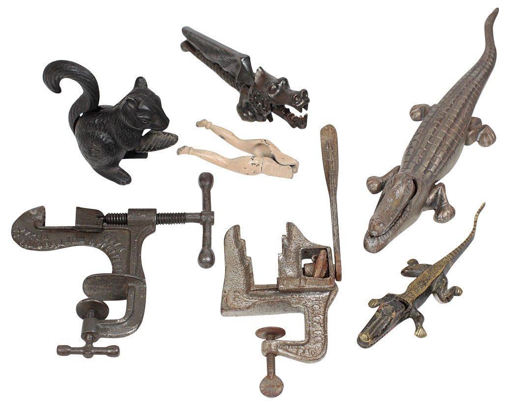 Cast iron figural nut crackers (7), Home Nut Cracker