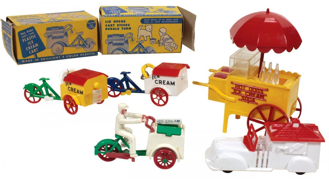 Toy ice cream vendors (5), (2) Wyandotte ice cream